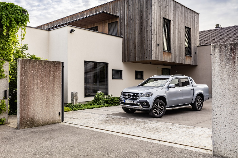 Mercedes-Benz X 350 d, not just a pretty face