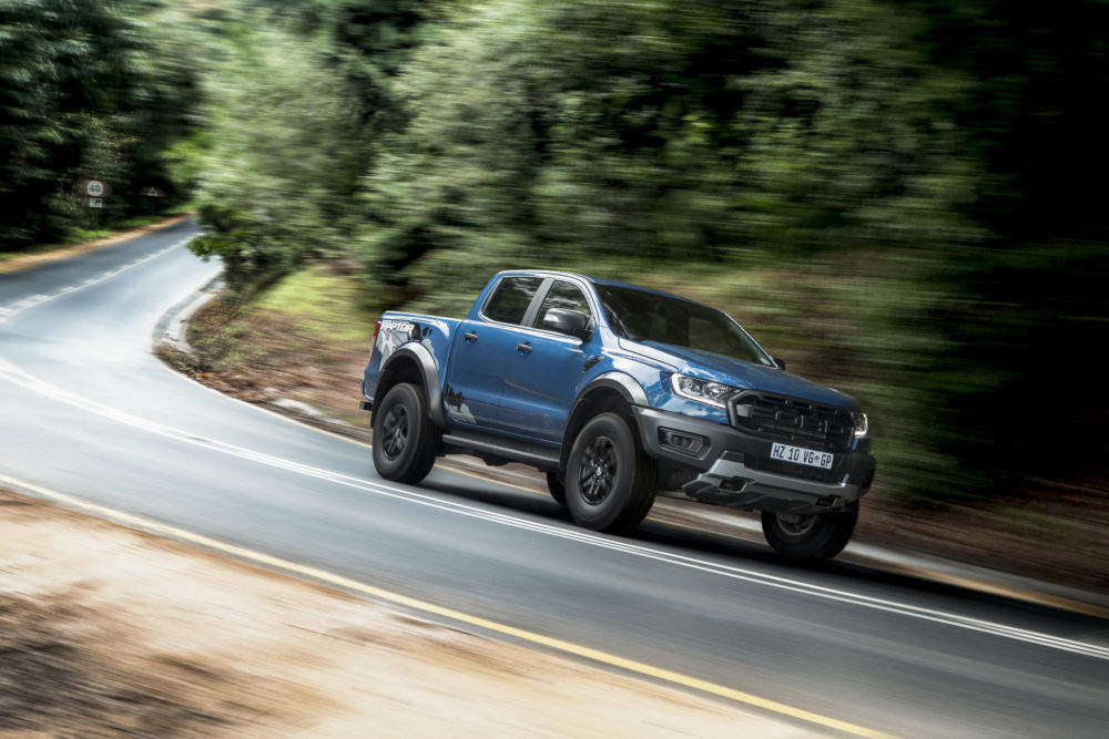 TESTED: FORD RANGER RAPTOR vs MERCEDES-BENZ X-CLASS