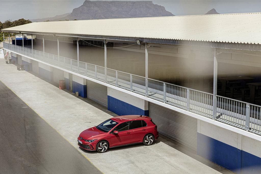 Vrrr Pha! - Volkswagen Golf GTI